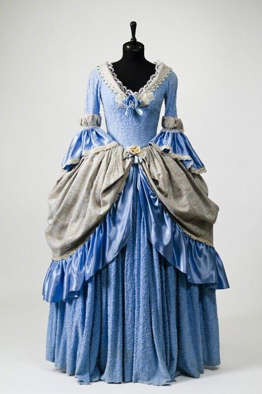 Фото платья 18 века в россии