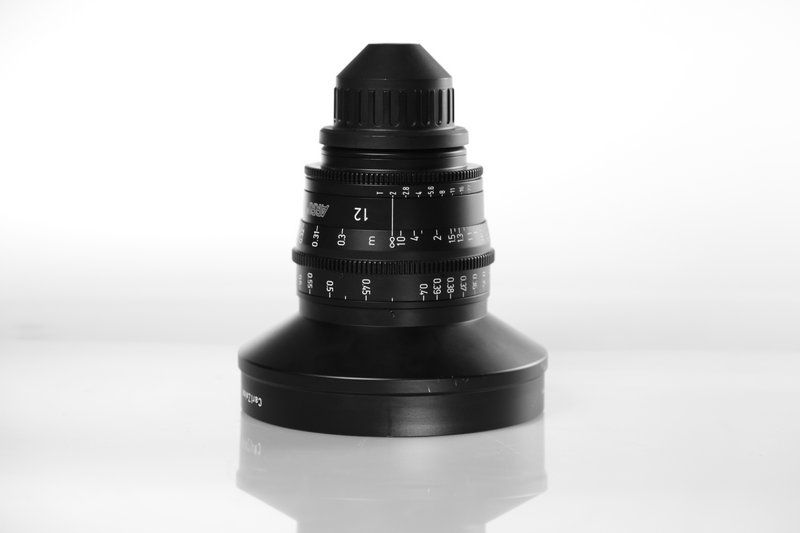 Carl Zeiss UP F:12, T2, диаметр передней линзы - 156 мм.